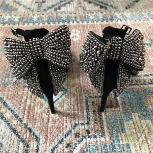 INC Kaison Black Suede Heels Crystal Bows 7.5